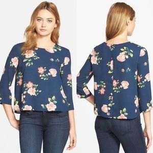 Cupcakes and Cashmere Huntington button rose blue